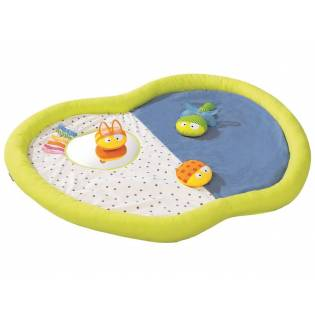 3D Activity Mats - Apple and 3 comforters